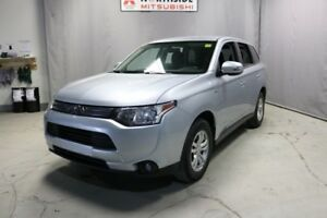 2015 Mitsubishi Outlander AWC ES Heated Seats,  Bluetooth,  A/C,
