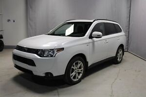 2014 Mitsubishi Outlander AWC SE TOURING Heated Seats,  3rd Row,