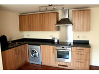2 double bedrooms flat to rent, central location, parking space