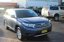 2011 Toyota Kluger GSU45R MY11 Upgrade KX-R (4x4) 7 Seat Blue 5 Speed Automatic Wagon Taylors Beach Port Stephens Area Preview