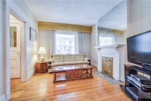 Oversized 3Beds/ 2Baths/ Semi/ High Ceilings/ In The Beaches