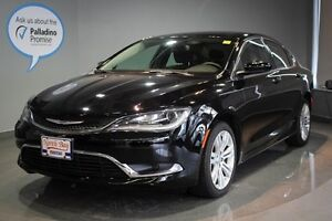 2016 Chrysler 200 Limited- HEATED SEATS+ BACKUP CAMERA + BLUETOO