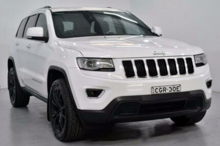 2013 Jeep Grand Cherokee WK Laredo White Sports Automatic Wagon