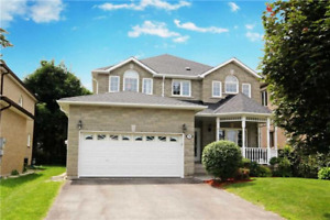 Yonge/Elgin Mills Richmond Hill 4 bedrooms house for rent