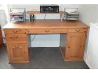 Classic solid pine desk with twin pedestals, 5 drawers, 1 cupboard, and cable tidy holes
