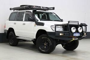 2003 Toyota Landcruiser HZJ105R (4x4) White 5 Speed Manual 4x4 Wagon Bentley Canning Area Preview