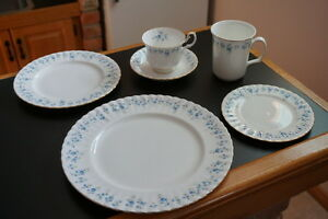 Royal Albert Fine China Memory Lane Pattern