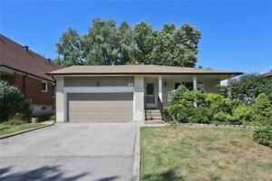 Stunning, Bright and beautiful 3BR MAIN Floor, Newmarket