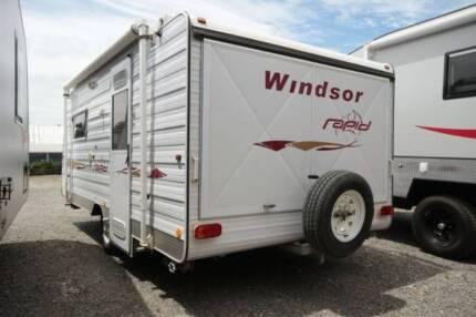 2010 Windsor Rapid Pop top 16 FT van