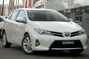 2013 Toyota Corolla ZRE182R Ascent Sport S-CVT White 7 Speed Constant Variable Hatchback Waitara Hornsby Area Preview