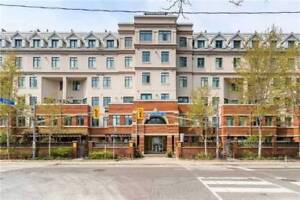 Dazzling 2-Storey Condo In The Heart Of Toronto At Richmond St