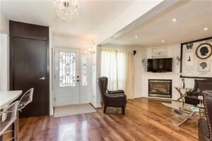 Beautiful Detached House In Absolutely Great Brampton Location