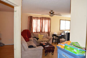 3 bedroom Whyte Ave utils included fully furnished