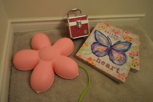 Flower light, paintings and a box of silly bands