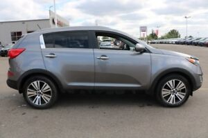 2016 Kia Sportage AWD EX LUXURY Leather,  Heated Seats,  Panoram