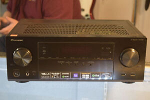 **GREAT CONDITION* Pioneer VSX-824-K 5.2CH Networked AV Receiver