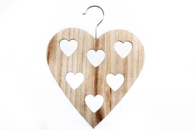 Natural Chic Wooden Heart Scarf Belt Tie Hanger Holder Wardrobe Organiser