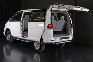 1999 Mitsubishi Delica White Automatic Wagon Daisy Hill Logan Area Preview