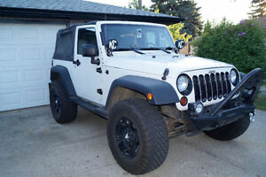 2008 Jeep Wrangler, Automatic, New tires & Lift, super clean
