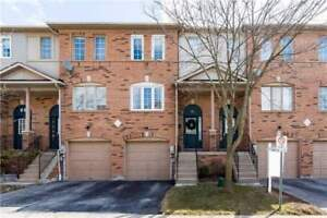 2 Bdrm Well Maintained Condo Townhouse In Central Whitby