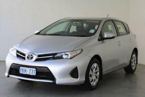 2015 Toyota Corolla Silver Pearl Hatchback