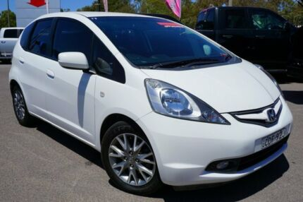 2010 Honda Jazz GE MY10 VTi Limited Edition White 5 Speed Manual Hatchback Phillip Woden Valley Preview