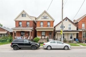 2 1/2 Story Brick Move In Ready Home In Central Hamilton!