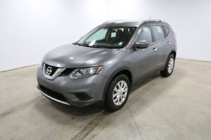 2016 Nissan Rogue AWD S Accident Free,  Back-up Cam,  Bluetooth,