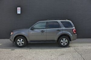 REDUCED PRICE!!! 2009 Ford Escape XLT MUST SELL!!!