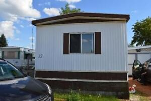3 Bed Mobile Home - Lot fee and water Incl - Smoker/Pet friendly