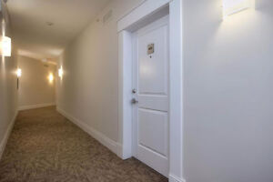 North East Facing!!! 2 Bed 2 Bath Unit in Windermere!