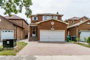 4+2BDRM 4BATH DETACHED HOME IN SOUGHT AFTER ERIN MILLS(W4213343)