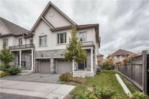 2230 Sq Ft Deluxe Condo Townhouse 3 Bed / 7 Bath, Fin Bsmnt