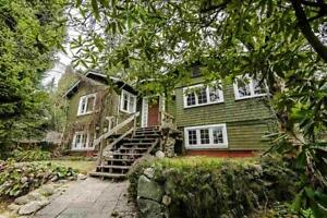 Upper Lonsdale family home with 18,000 sqft lot