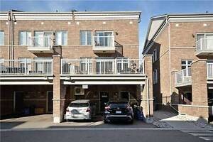 Stunning 2-Storey Townhouse Condo In Prime Milton Location!