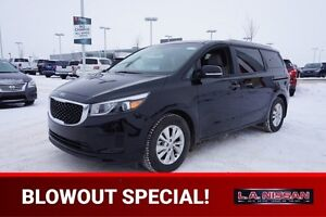 2017 Kia Sedona LX 8 SEATER Accident Free,  Heated Seats,  Back-