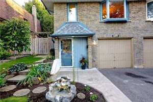 Updated 3BR Semi-Detached In The Sought After Meadowvale