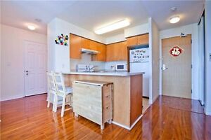 Fabulous Bright Condo In The Heart Of Toronto At Grangeway Ave