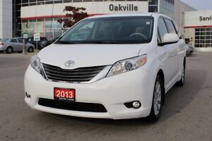 2013 Toyota Sienna XLE AWD w/Leather, Moonroof & Back up Camera
