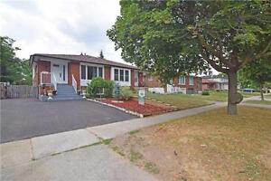 Renovated Semi In High Demand Clarkson! Perfect For Large Family