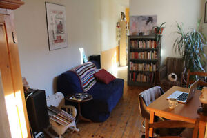 Apartment in Mile End Sublet July 22nd (Or August 1st)