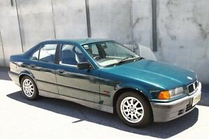 1994 BMW 318I E36 Green 4 Speed Automatic Sedan Mount Hawthorn Vincent Area Preview