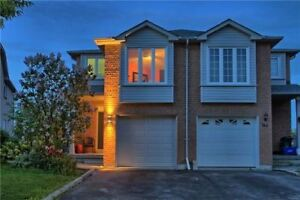Semi-Detached House for Sale in Newmarket at  Walpole Cres