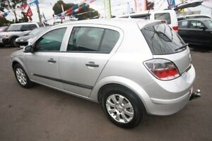 2007 Holden Astra CD AH Silver 4 Speed Kingsville Maribyrnong Area Preview