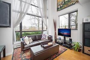 Quiet n Beautiful one bedroom Loft style Townhouse at Gilmore