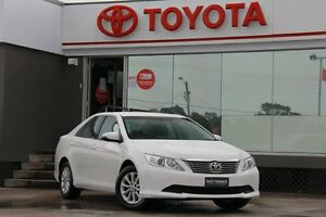 2014 Toyota Aurion GSV50R AT-X Diamond White 6 Speed Automatic Sedan Old Guildford Fairfield Area Preview