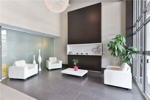 Cozy 2 Bedroom W/ A Fantastic View. Well Maintained, Modern & Fr