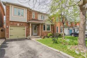 Amazing Detached Home Perfect For People Downsizing.