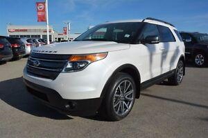2015 Ford Explorer XLT 4WD ROOF NAVI Navigation (GPS),  Leather,