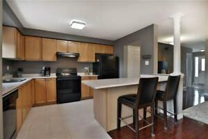 TOWNHOUSE FOR RENT IN BURLINGTON-GREAT LOCATION!!!